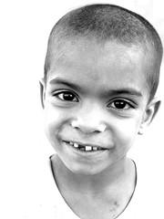ET (HORIZON) Tags: horizon iran persia children smile globalpoverty yazd forsakenpeople picswithstories topv111