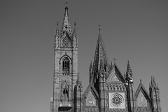 Templo Expiatorio (Monica Zumaya) Tags: architecture monochrome monocromatico mexique iglesia eglise neogothic gotico gothic catholic church