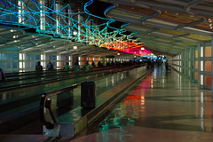 Dreamy Passageway (caribb) Tags: usa chicago america underground lights illinois airport colours unitedstates awesome united unitedstatesofamerica aeroporto terminal ohare theunitedstatesofamerica flughafen ord aeroport aeropuerto passageway pedway luchthaven aroport  undergroundpassage