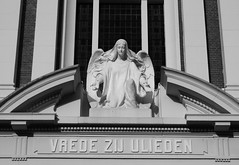 (Miranda Ruiter) Tags: rotterdam church blackandwhite photography iconography angel