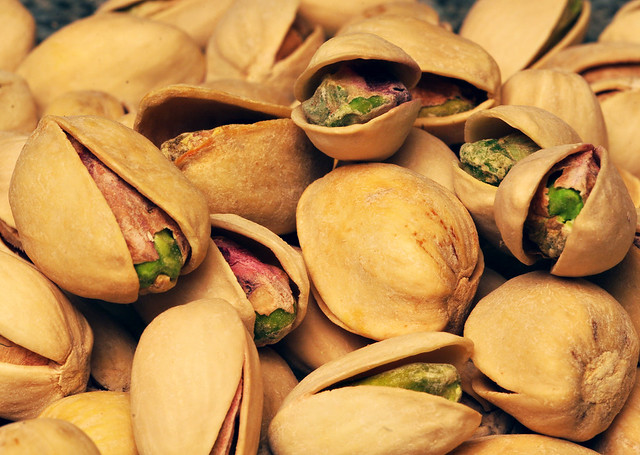 Nuts 1612
