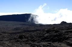 1032_droite_nuages.jpg (Bo No Bo) Tags: d50 volcano lava paysage lave volcan larunion pitondelafournaise reunionisland 974 ledelarunion enclosfouqu
