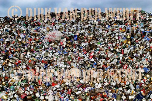 RECYCLE - MERRY CHRISTMAS - RECYCLING - CANS - BEER - LAGER - ALCOHOL -