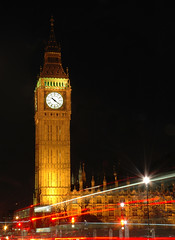 Guess where I went last night (01101001 01100001 01101110) Tags: uk light england bus london tower clock night port big ben bigben savedbythedeltemeuncensoredgroup maidenhead scoopt