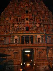 DSC00749 (Fovea Centralis) Tags: india trichy fovea gopurams centralis southindiantemple thiruvannaikka foveacentralis
