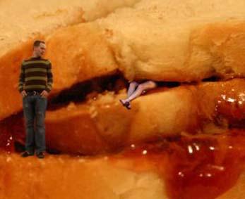 drew_sandwich_legs2