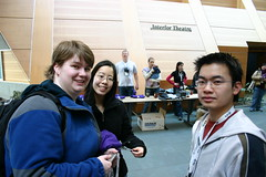 Megan, Sharon, Dickson (mastermaq) Tags: vancouver events conferences northernvoice mastermaq dicksonwong nv2007 nv07 sharonyeo meganfowler