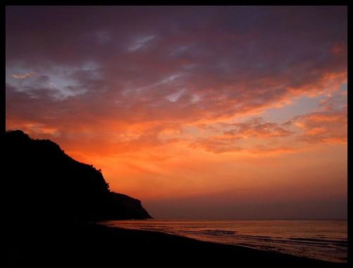 sessizlik bazen en güzelidir...   ?!