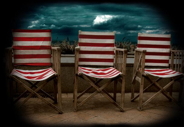 chaises amères