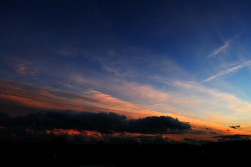Balkonblick auf rosa Wolken