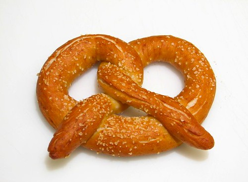 Play with your food: Pretzels for fanboys - Evil Mad Scientist ...