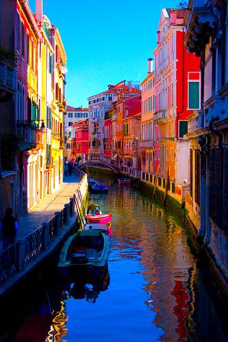 Technicolor in Venice - Canale by achamp
