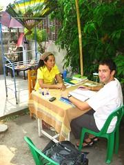 Me and my Thai teacher Watana (Joy) (Vueltaa) Tags: school andy garden thailand asia joy teacher mai study thai language chiang studying learn learing watana