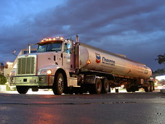 Chevron Tanker (So Cal Metro) Tags: truck sandiego gas gasstation oil gasoline chevron tanker peterbilt gastruck tanktruck