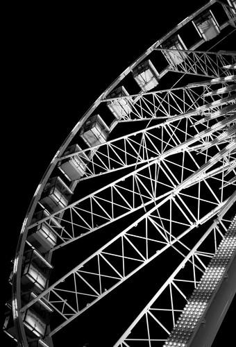 Black & White Ferris Wheel