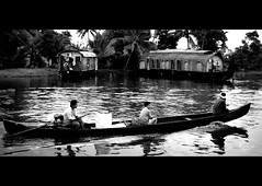 (SamDRajkumar) Tags: samdrajkumar keralabackwaters kerala alleppey water waves boat boathouse blackandwhite blackwhite godsowncountry cochin