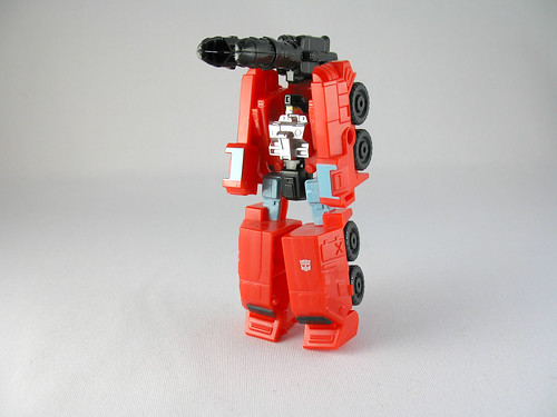 Legends of Cybertron Perceptor