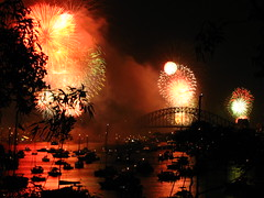 NYE in Sydney, Australia (*vlad*) Tags: red orange reflection topf25 fireworks harbour sydney australia pyrotechnics g7 nye2006 cotcmostfavorited newyearseve2006 top20fireworks canong7 nocturnalmasterpiece top20austalia