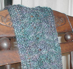 mike's scarf detail