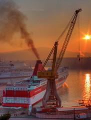 il porto di Ancona (otrocalpe) Tags: sunset port italia hdr ancona jadrolinja otrocalpe