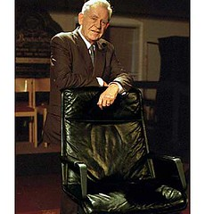Magnus Magnusson BBC mastermind Quiz with the famous Black Chair