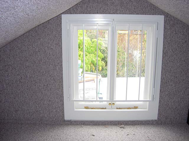 window grate.jpg