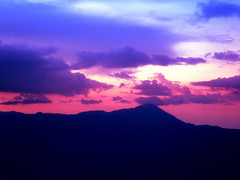 Montain blue.... (*atrium09) Tags: travel blue sunset pordosol sky silhouette clouds venezuela olympus cielo nubes montain blueribbonwinner 25faves atrium09 bonzag shieldofexcellence colorphotoaward brpblue rubenseabra
