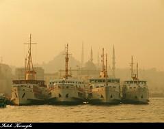 YAN YANA VAPURLAR (Fatih Kocaoglu ©) Tags: turkey ship türkiye istanbul steamship İstanbul deniz vapur bosphorus yanyanavapurlar fatihkocaoglu