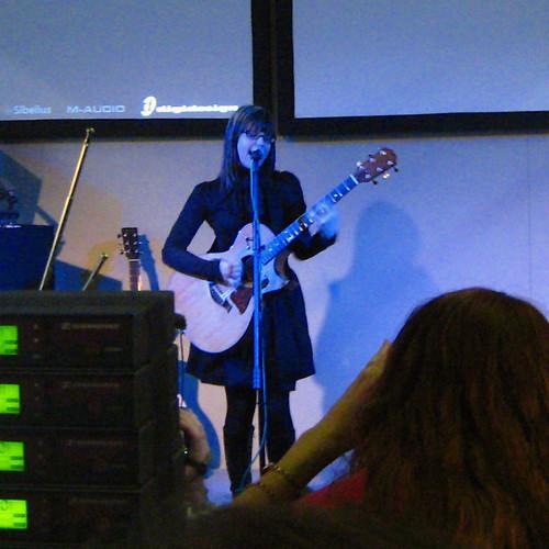 NAMM 2007 Lisa Loeb
