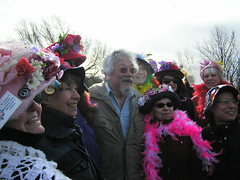David Suzuki with the Raging Grannies (Stop carbon pollution) Tags: pink sandy political victoria civildisobedience climate raginggrannies davidsuzuki 350org oct222012 httpdefendourcoastca