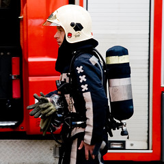 fire in bijenkorf, amsterdam