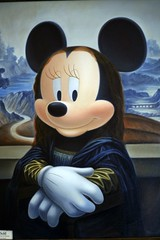 Minnie Lisa (FrogMiller) Tags: italy canon painting fun mouse italian disneyland monalisa davinci disney minnie minniemouse dlr nos neworleanssquare disneylandresort disneycharacters disneycharacter disneygallery robertmiller