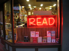 READ (brewbooks) Tags: seattle buch reading washington boek neon libro books bookstore livre livres pioneersquare bookstores libreria librairie buchhandlung  kitap  kitabevi   librerias sch theglobebookstore grandcentralbuiliding johnsiskin carolynsiskin    hiusach