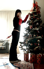 Ho Ho Ooooops! (Violator3) Tags: selfportrait colour 1025fav nikon d70s 2006 100v10f christmastree nikond70s womenonly violator3 ahia merryxmas puntale psychoviolator ooooops ironicals