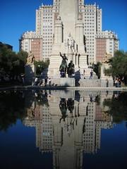 Don Quixote at the mirror (valerius25) Tags: madrid reflections square mirror spain espana piazza riflessi spagna specchio plazadeespana valeriocaddeu