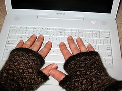 Endpaper Mitts, keeping typing hands warm