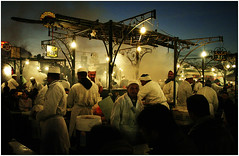 Place Jemaa el Fna (...cathzilla) Tags: lights bravo smoke morocco maroc marrakech marrakesh cookers odours placejamaaelfna