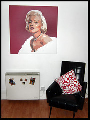 Marilyn Lounge Painting (Hailey Kitten) Tags: red white black art marilyn vintage painting apartment monroe woodfloors marilynmonroepainting elvismagnets
