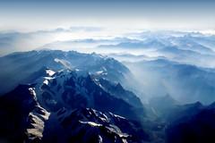 [フリー画像] [自然風景] [山の風景] [霧/靄] [アルプス山脈]       [フリー素材]
