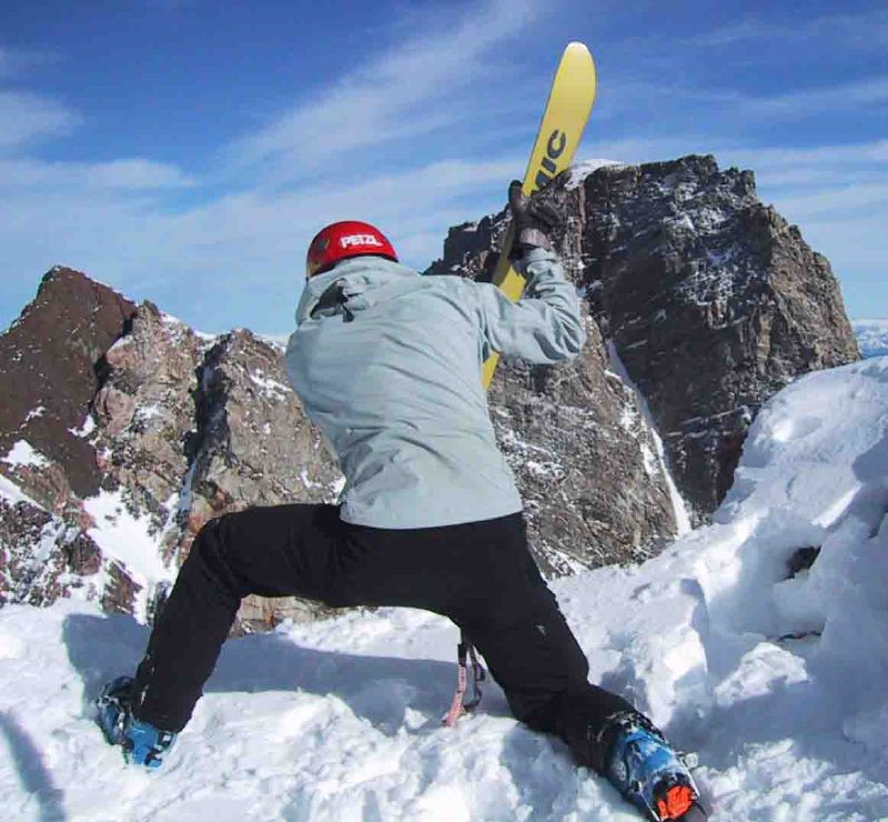 Randosteve chops into the Hidden Couloir on Thor Peak