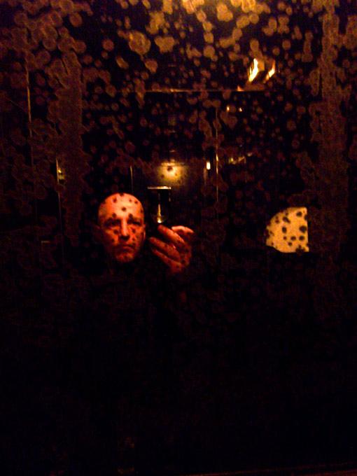 Darkness Paris Party Autoportait facehunter face hunter