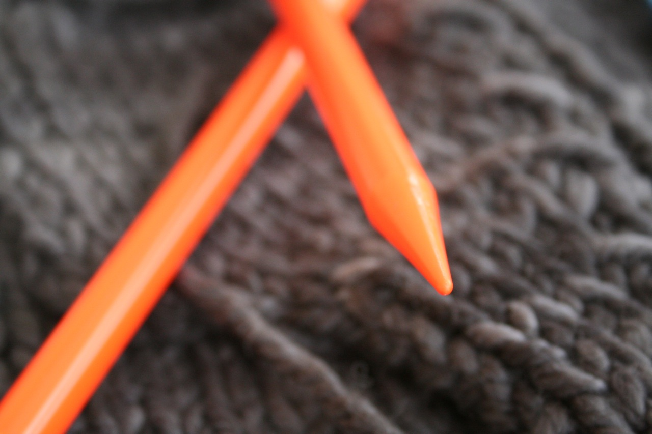 knitting with pylons