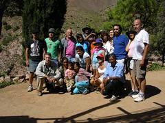 Grupo junto a la familia Lamas