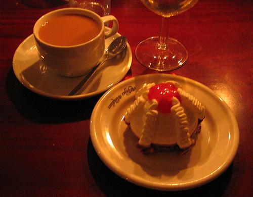 EFIT: 21:30 - kaffe och glass