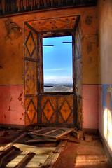 Castello di Castellero (grisoni77) Tags: finestra piemonte castello buio asti monferrato abbandonato castellero fantasmi