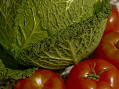 Repollo y tomates ... tomates y repollo segun se mira de izqda. a dcha. o de dcha. a izqda. (reminiscencias de miró ...)