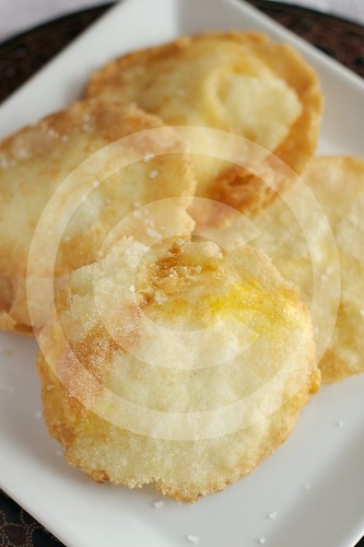 Arepa de huevo - right out of the second fry