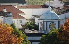 Vue de la forteresse (hans pohl) Tags: portugal alentejo fenêtres windows architecture toits roofs