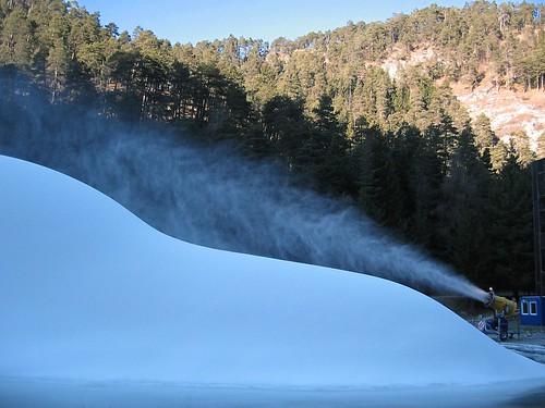 Surreal Snow (1)
