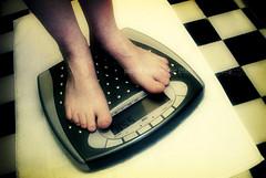 365.071 weight (*Sabine*) Tags: selfportrait scales 365 weight weighing year:uploaded=2007 auswahl:jahr=2007 sabinesteinmller